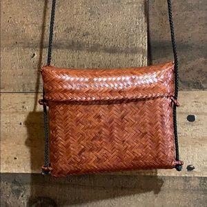 ⭐️3/$20 Vintage Brown Woven Mini Purse Bag